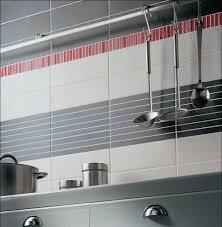 faience grise cuisine carrelage mural cuisine gris avec beau faience cuisine grise et