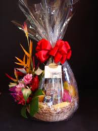 local gift baskets tropical splendor a unique and popular hawaiian gift basket