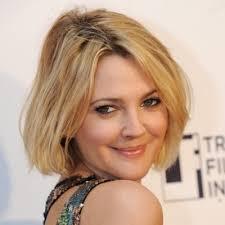 coupe pour cheveux pais coupe courte pour cheveux epais 7