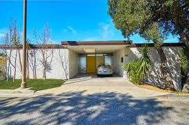 What Is A Mid Century Modern Home Photo 2 Of 14 In A Midcentury Modern Home In L A Designed By
