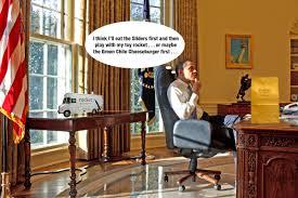 trump s desk 100 trump desk vs obama desk here u0027s how president