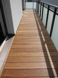 balkon bodenbelag g nstig cumaru holz balkon bodenbelag privathaus friedrichsdorf