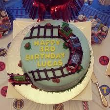 custom created cakes brandi 76 photos u0026 20 reviews cupcakes