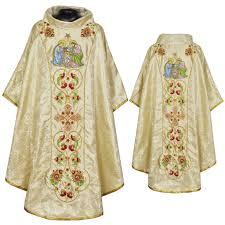 robe mariã e chetre catholic liturgicals chasuble vestments clergy robes