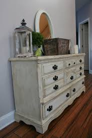 White Distressed Bedroom Furniture Best 25 Distressed Bedroom Furniture Ideas On Pinterest Chalk