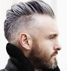 Frisuren Mittellange Haare Herren by Die Besten 25 Undercut Frisuren Männer Ideen Auf