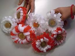 decorazioni bicchieri idee per riciclare i bicchieri di plastica foto nanopress donna