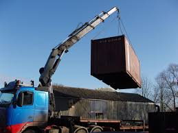how shipping containers and delivery prices are calculated
