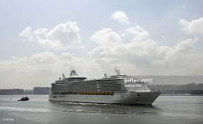 Largest Cruise Ship World U0027s Largest Cruise Ship Docks In Nyc Photos And Images Getty
