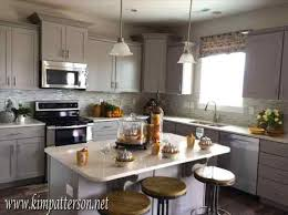 picking kitchen cabinet colors choose picking kitchen cabinet colors flooring that compliments