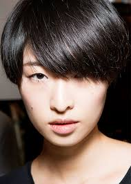 hairstyle thin frizzy dead ends short medium length help quick and easy this is how often you need a haircut byrdie