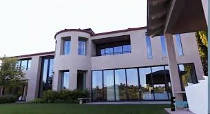 Kim Kardashian New Home Decor Kim U0027s House Bel Air Kim Kardashian House Bel Air Pinterest