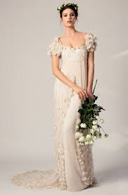 wedding dresses in london smashing wedding dress details sleeves smashing the glass