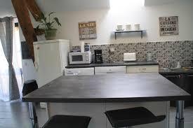 cuisine avec gaziniere cuisine cuisine rustique avec cuisinière ã bois cuisine design