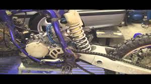 yz125 tear down part 1 removing 2 stroke motor engine swingarm