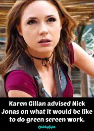 Jumanji Meme - 20 mind blowing things you should know about the new jumanji