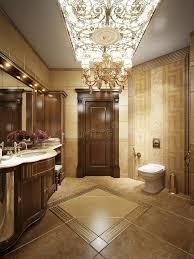 candelieri in cristallo bagno lussuoso nello stile classico con i candelieri a cristallo