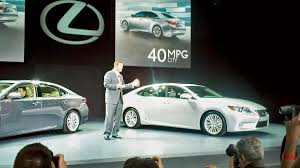lexus es next generation 2013 lexus es 350 and es 300h hybrid politely launched at new york