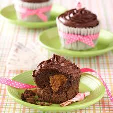 peanut butter chocolate cupcakes recipe taste of home