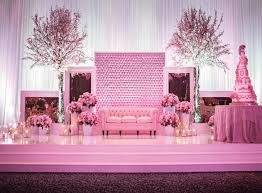 tips for weddings stage decoration aur parho