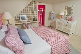 Bedroom Ideas Young Male Bedroom Decorating Ideas For A Single Woman Cute Modern Platform