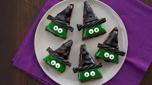 Halloween Cake Flavors by Halloween Recipes Bettycrocker Com