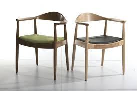 fauteuil cuisine chaise bois cuisine les plus jolies chaises en bois a barreaux
