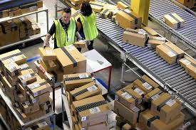 Does Amazon Ship On Thanksgiving Amazon Plans Fifth Warehouse In The Inland Empire La Times