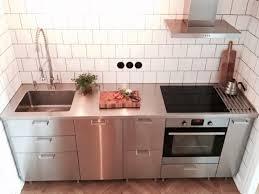 ikea edelstahl küche industristil med ikea metod och grevsta luckan som kompletteras