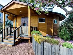 this is a tiny round cabin in florence oregon it u0027s a dog