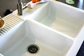 Cleaning Kitchen Sink by How To Clean A White Farmhouse Sink U2022 Binkies And Briefcases