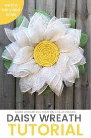 a burlap daisy wreath tutorial perfect for spring burlap