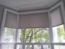top 15 bay window roller blinds curtain ideas 25 best ideas about bay window blinds on pinterest bay windows in bay window roller blinds
