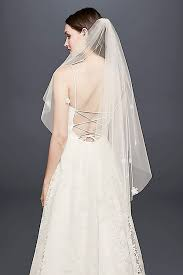 wedding veil styles the wedding veil styles that ll be trending in 2018 who what wear