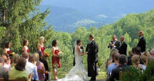smoky mountain wedding venues wedding bells ringing in the great smoky mountains http www