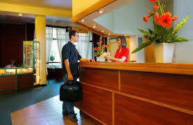Front Desk Reception Front Desk Receptionist Eulanguages Net
