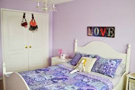 Green Bedroom Walls by Purple Colour Bedroom Vastu And Green Living Room Ideas Lavender