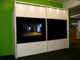 Kommode Im Schlafzimmer Dekorieren Uncategorized Schönes Fernseher Im Schrank Und Tv Lowboard Spacy