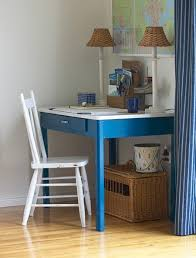 Small Kid Desk 9 Modern Desks For Small Spaces Cool Picks For Brilliant