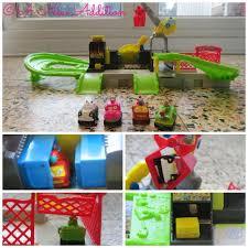 trash pack trash wheels junkyard wheelies toy review