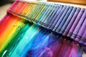what color does pink and blue make pink and green mama make a melted rainbow crayon canvas