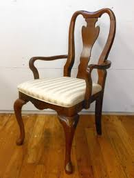 Classic Dining Chairs Queen Anne Classic Dining Chairs Style