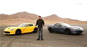 corvette vs viper 2012 zr1 vs 2013 viper in a burnout contest corvette