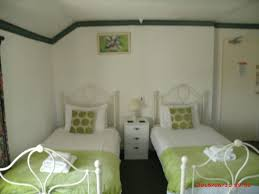 the golden lion hotel llandysilio uk booking com