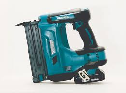 Battery Roofing Nailer by Makita Xnb01z Cordless Brad Nailer Tools Of The Trade Nail