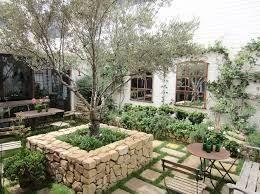 Tuscan Garden Decor 512 Best Outdoor Decor Images On Pinterest Outdoor Decor Garden