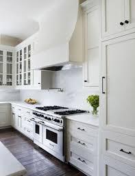 black pulls for white kitchen cabinets white kitchen cabinets with black pulls page 7 line 17qq