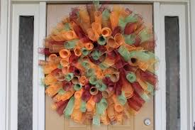 how to make wreaths how to make a curly deco mesh wreath miss kopy