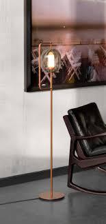 bureau de studio nouvelle finition cuivre pour lantern light du studio neri hu