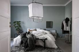 chambre ton gris 8 idées pour adopter bleu gris couleur de l ée 2017 selon